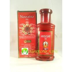 Обезболивающе массажное масло для головы Navratna Oil 50ml Himani