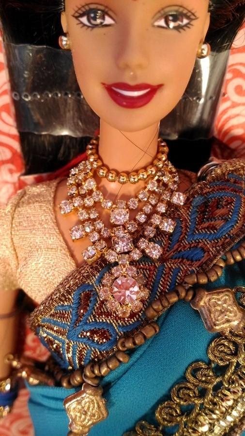 Барби из Индии