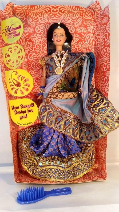 Барби индийнка в шикарном сари