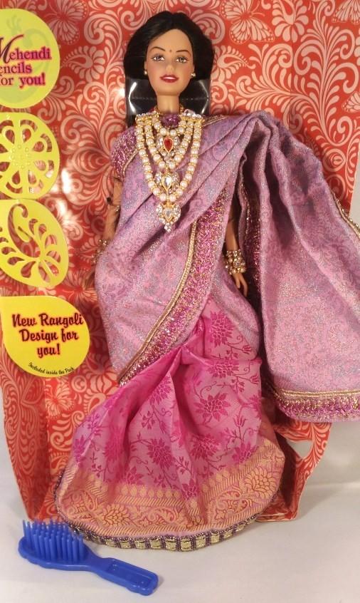 Индийская Барби в розовом